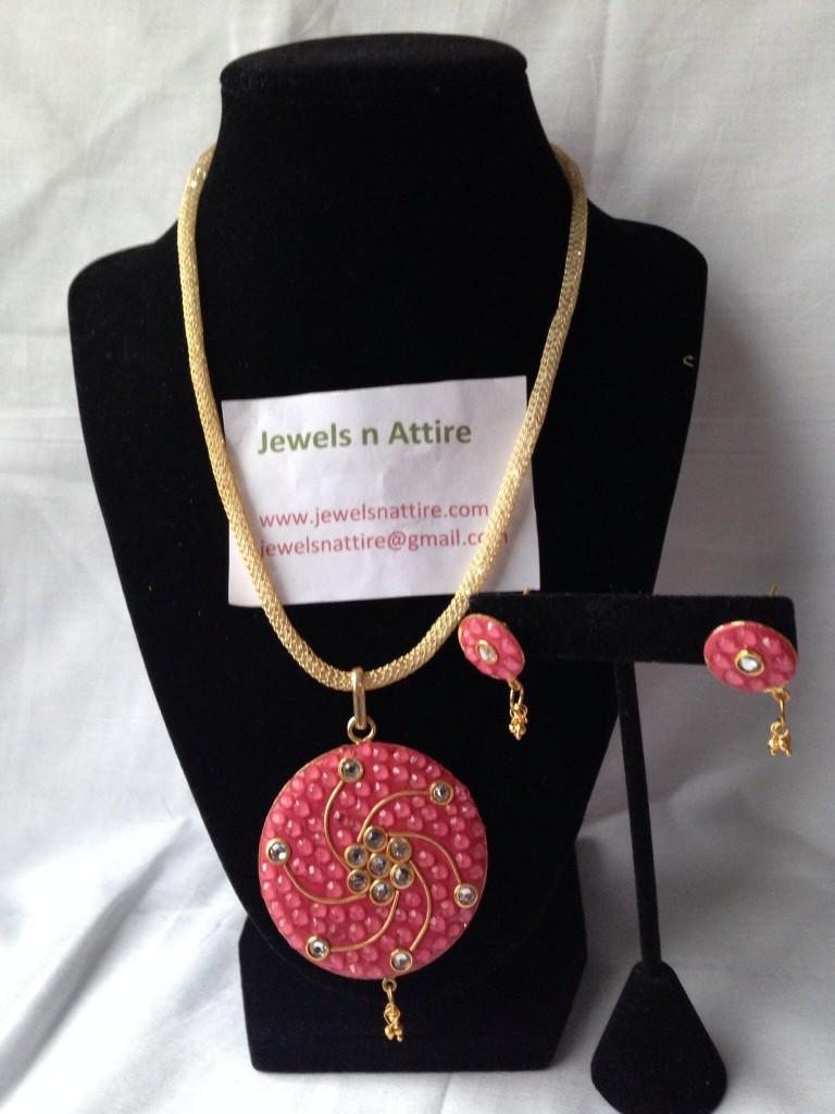 Pink Paachi set