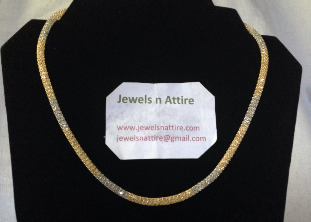Double shade stone chain