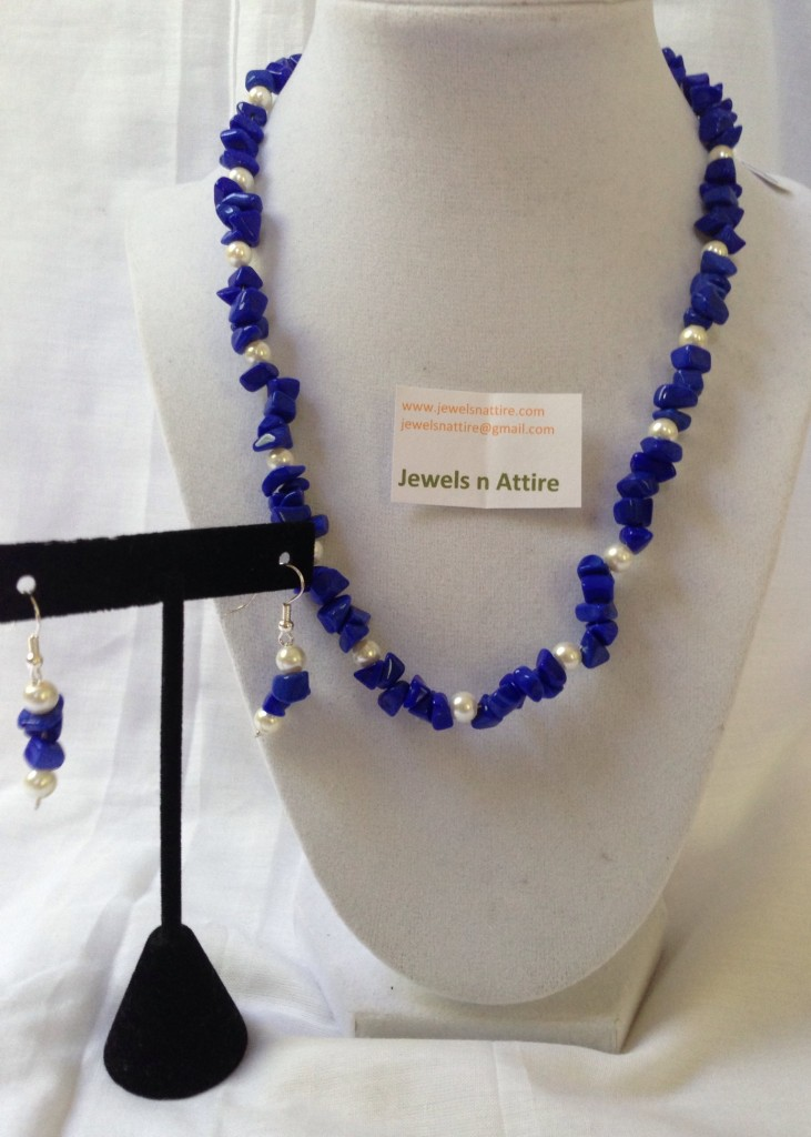 Royal blue chip beads set