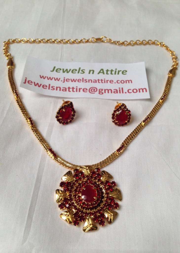 Kemp red necklace  set